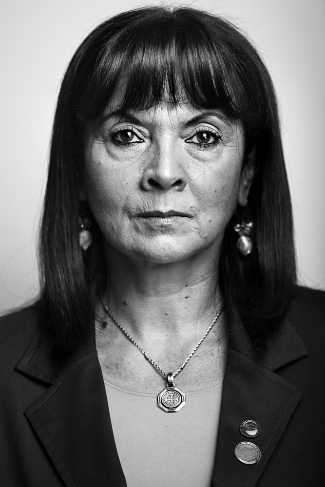 Susana Trimarco, reconocida mundialmente por su lucha contra la Trata de Personas. Susana continúa buscando a Marita. Actualmente se encuentra nominada para el premio Nobel de la Paz.
