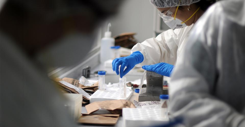 Las pruebas de ADN son realizadas de acuerdo a prioridades por no contar con recursos suficientes.