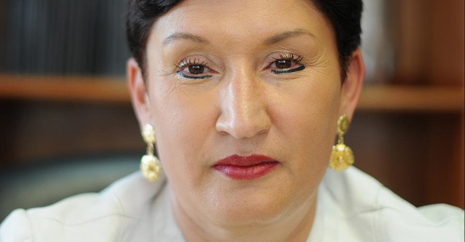 Aldana es una mujer parca, de rostro inexpresivo, mirada atenta y calculadora, y según cinco de las siete personas que fueron entrevistadas para esta historia.
