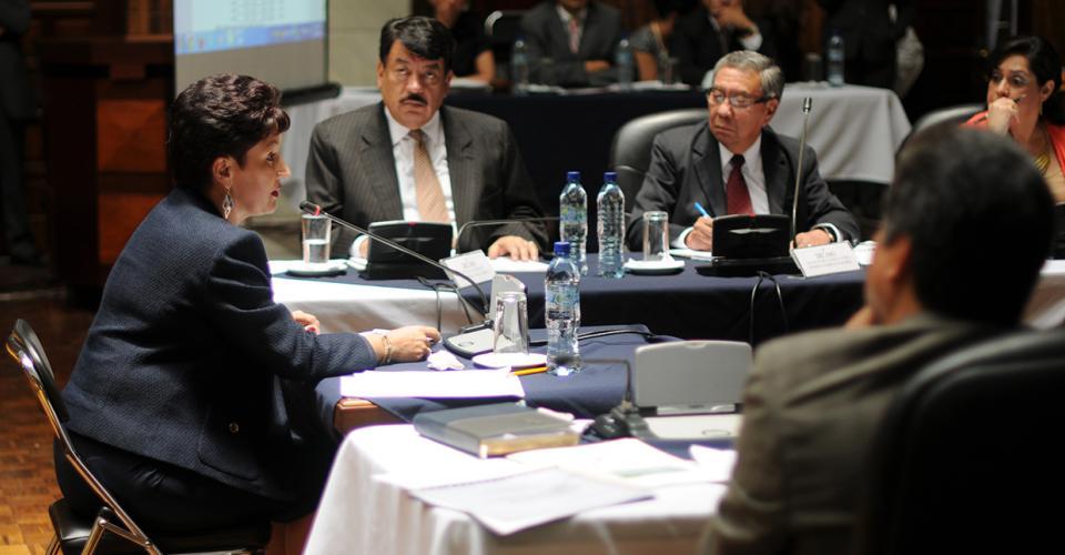 Thelma Aldana durante la entrevista ante la Comisión de Postulación.