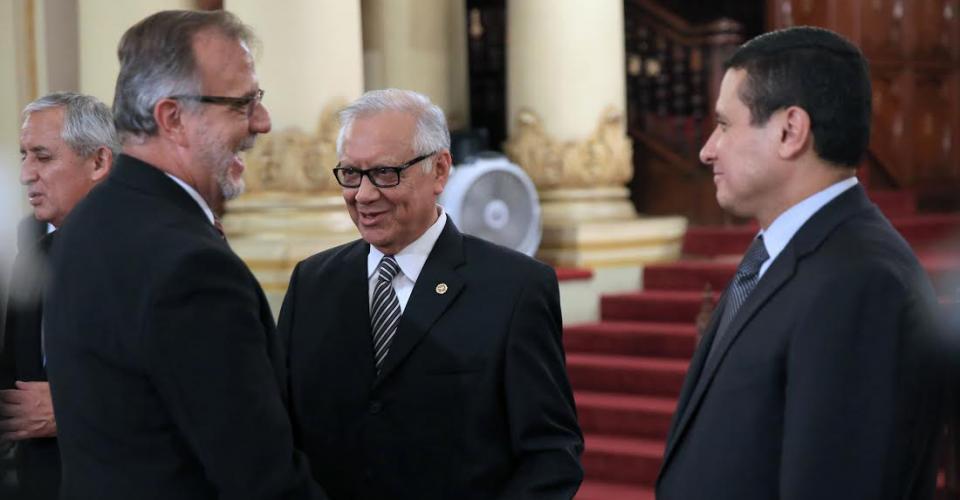 El jefe de la Comisión Internacional Contra la Impunidad en Guatemala (CICIG) en la presentación oficial de Alejandro Maldonado como el nuevo vicepresidente de Guatemala.