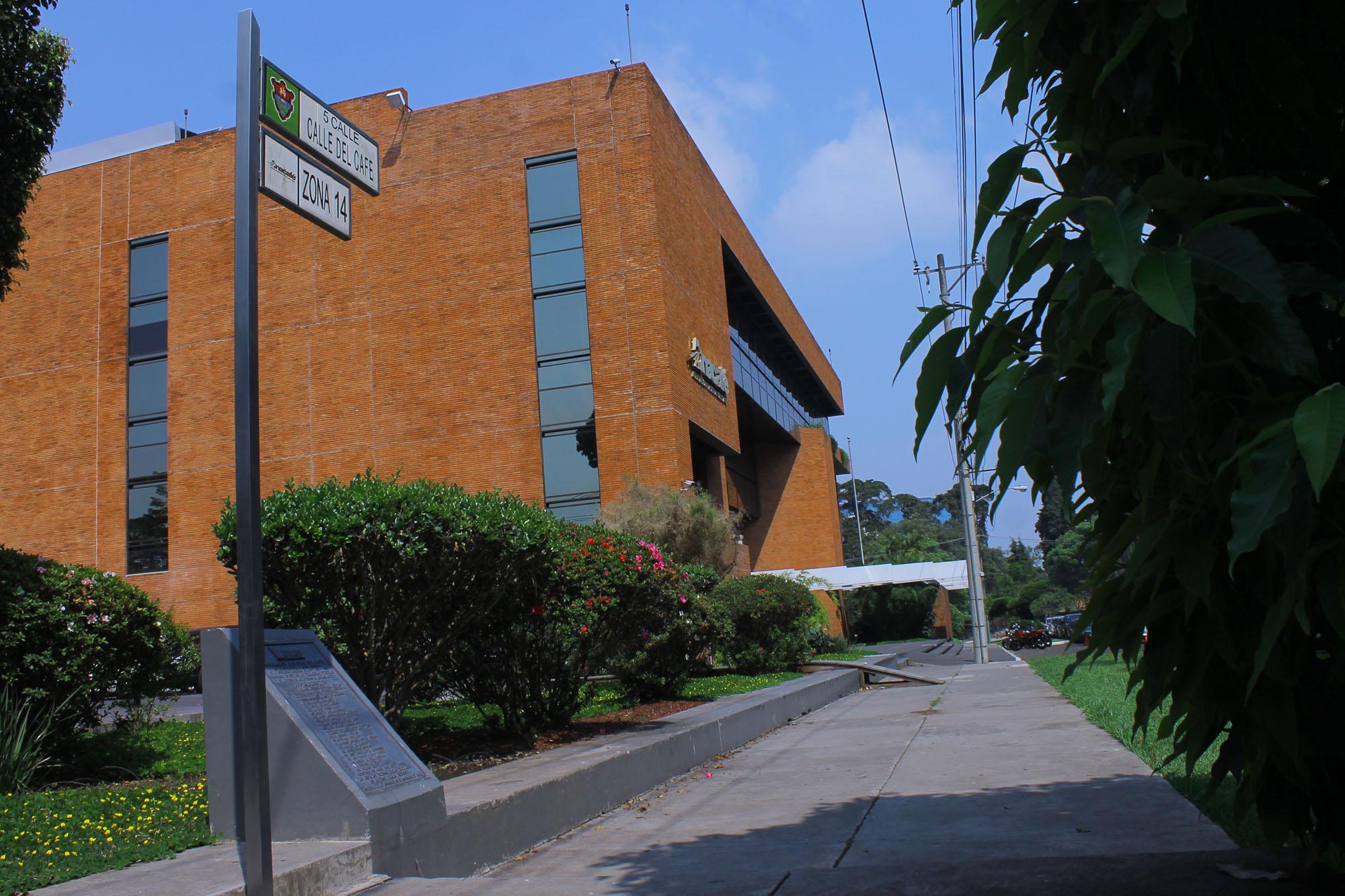 La sede de Anacafé está ubicada en la Calle del Café, en la zona 14. Foto de Aída Noriega