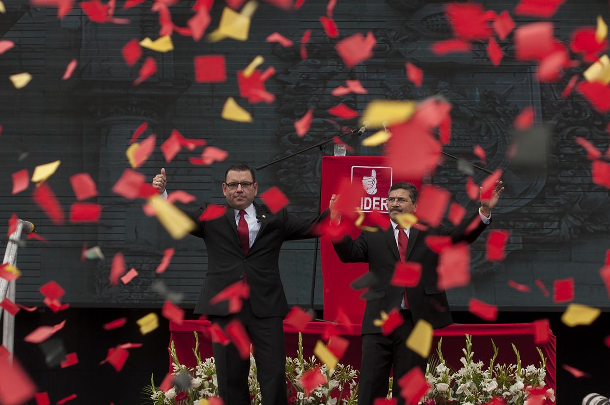 Lider proclamó a Manuel Baldizón y Edgar Barquín como su binomio.
