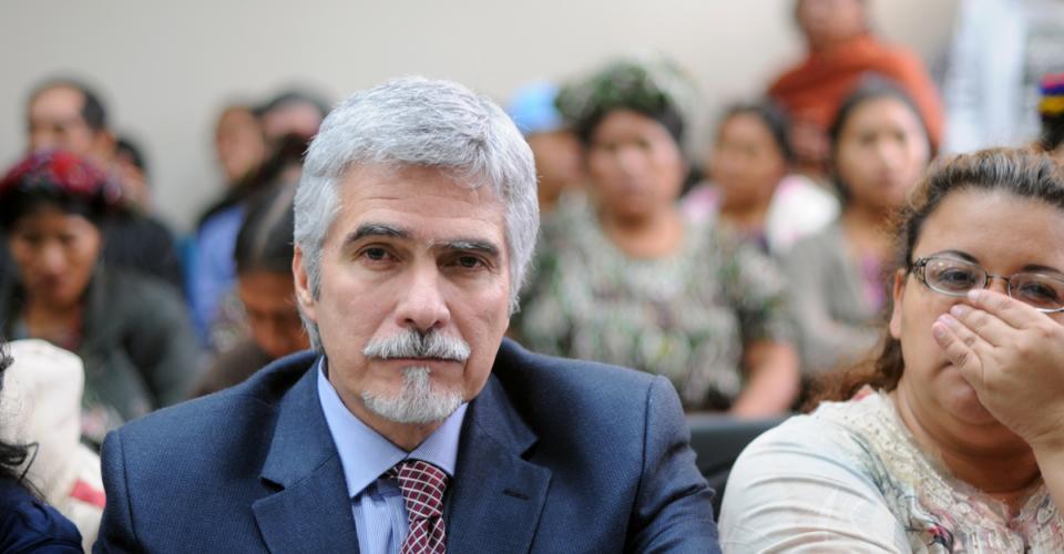 Ricardo Méndez Ruiz también estuvo en la audiencia.