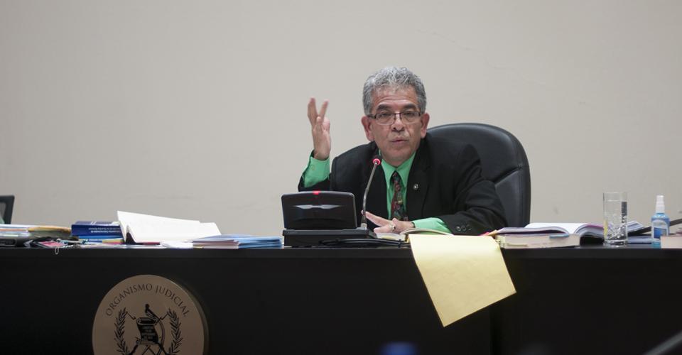 El juez de Mayor Riesgo B, Miguel Ángel Gálvez, envió a prisión preventiva a Esteelmer Reyes y Heriberto Valdez, acusados de asesinato, desaparición forzada y deberes contra la humanidad.