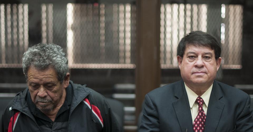 Esteelmer Reyes y Heriberto Valdez, fueron llevado a prisión preventiva, luego de ser acusados de asesinato, desaparición forzada y deberes contra la humanidad.