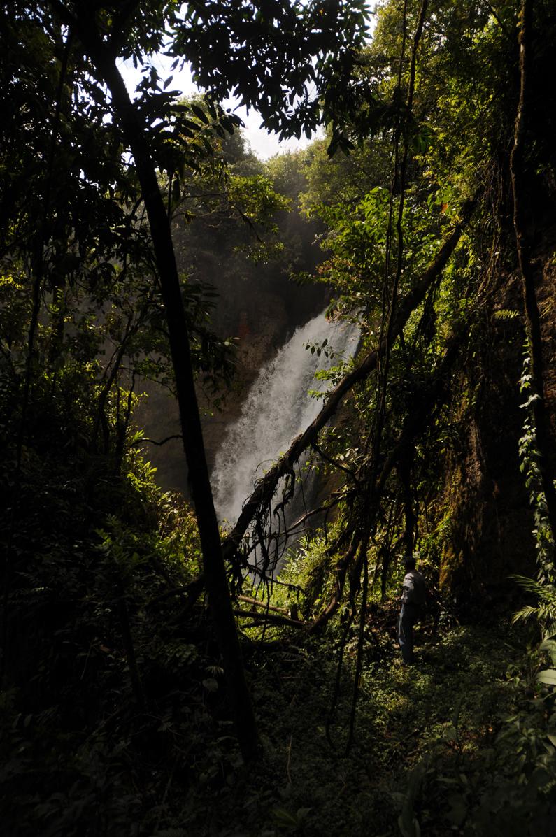 Una de las tres cataratas en donde quiere funcionar la hidroeléctrica.