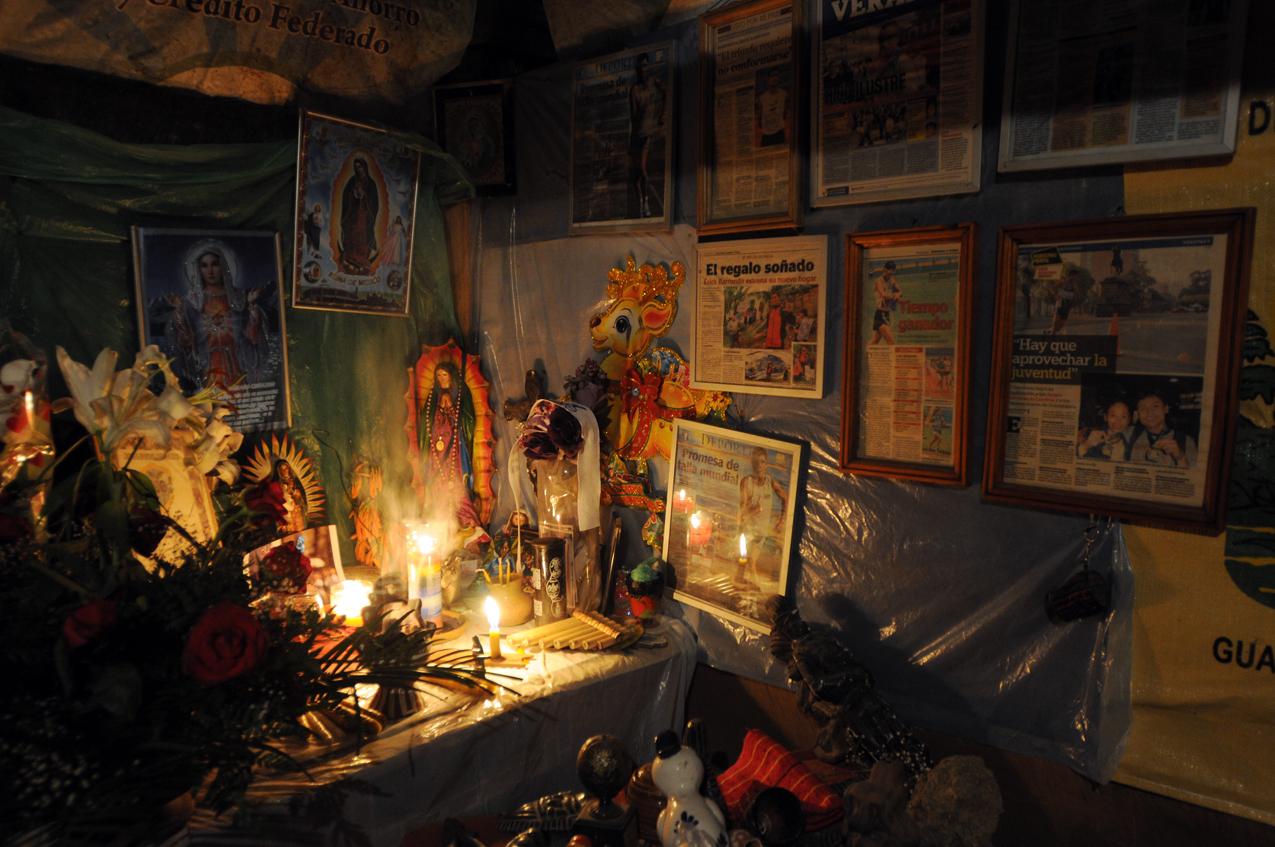 El altar de la familia Barrondo.