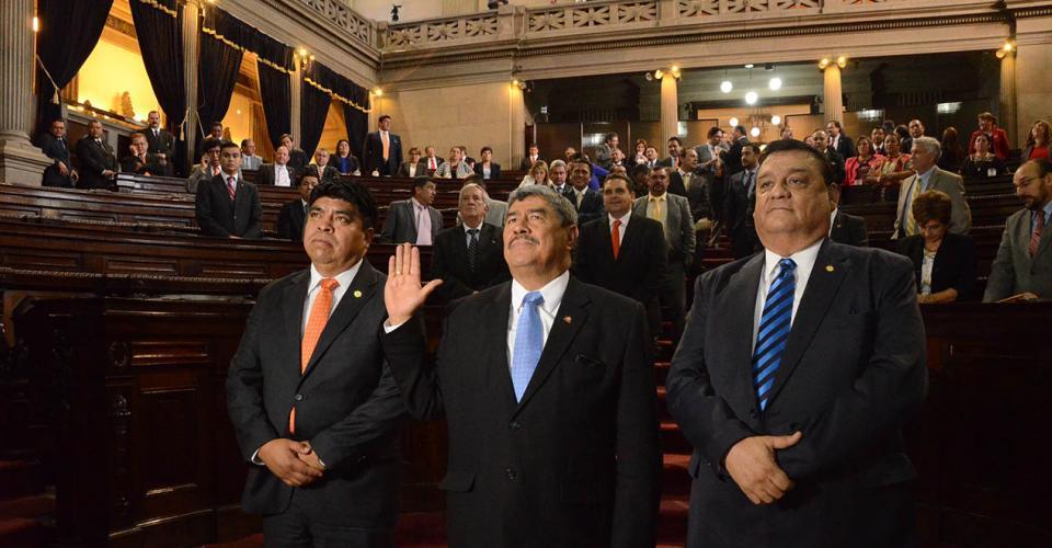 Carlos Mencos fue juramentado el martes por el Congreso de la República. [Antonio Castro]