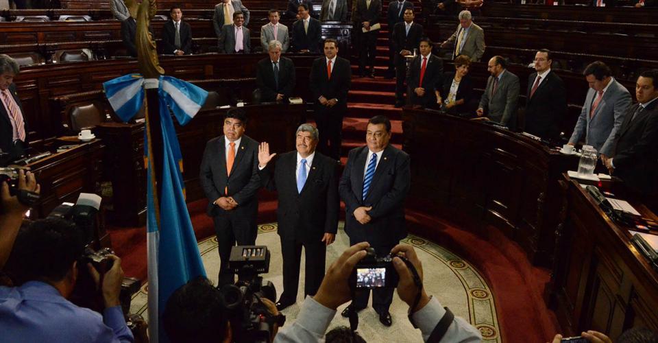 Las bancadas del Partido Patriota y Lider llevaron a Carlos Mencos a la Contraloría General de Cuentas. [Antonio Castro]
