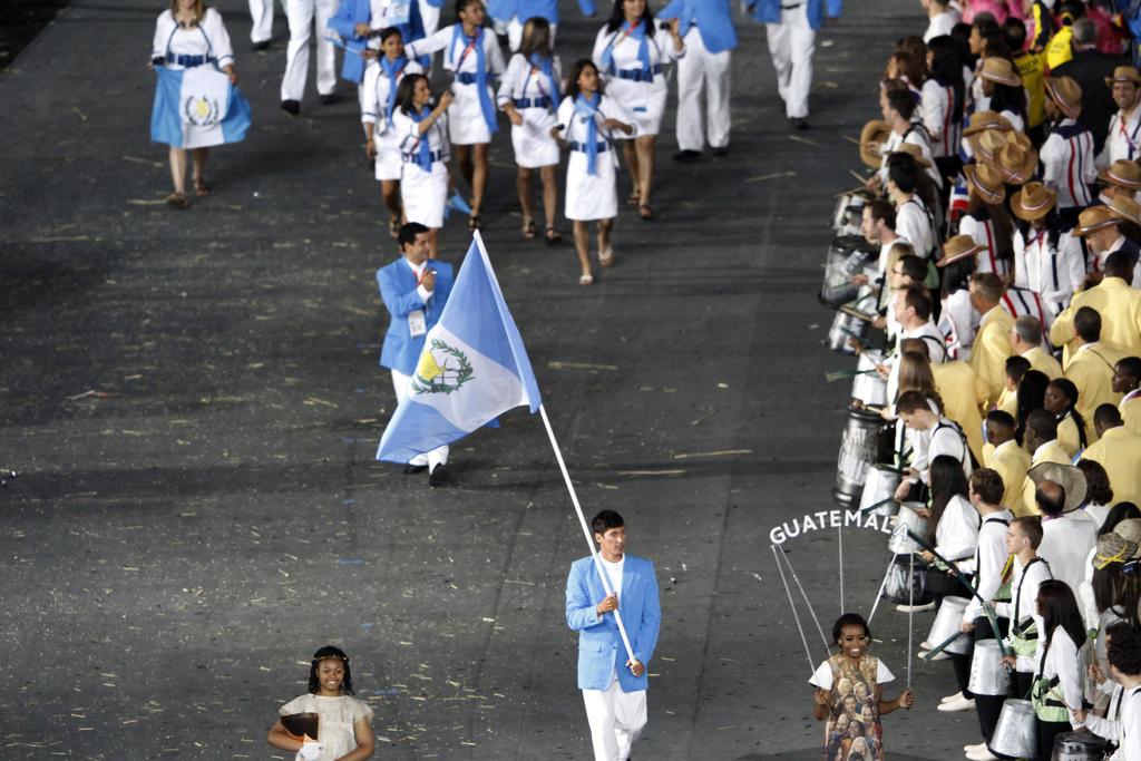 La delegación olímpica en la inauguración de los Juegos de Londres