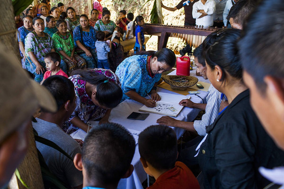 Al final, serán 87 niños y 146 adultos los que se expresarán en contra del proyecto hidroeléctrico Oxec, en la aldea Salac