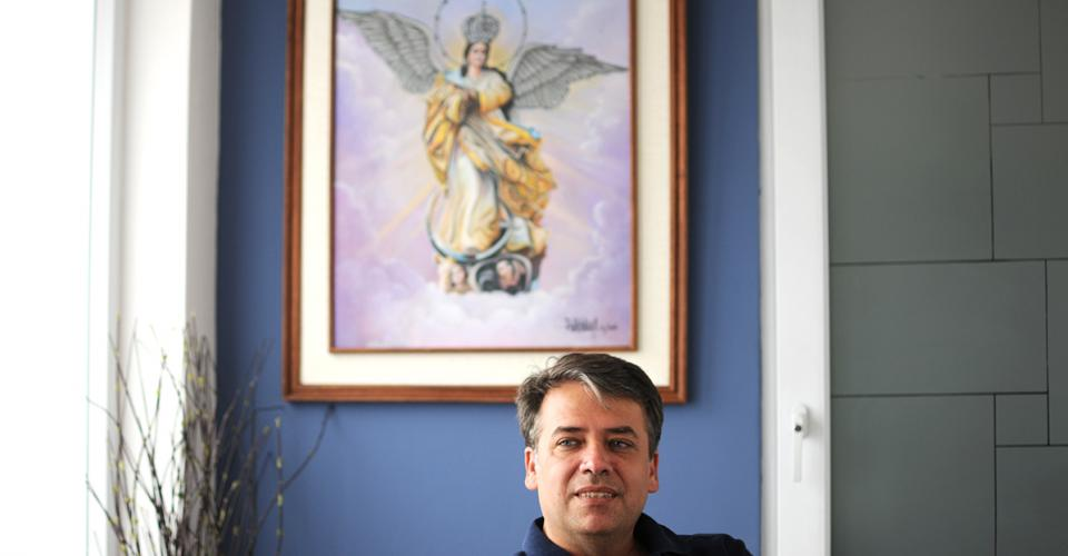 El actual alcalde de Villa Nueva, Edwin Escobar, es devoto de la Virgen María.