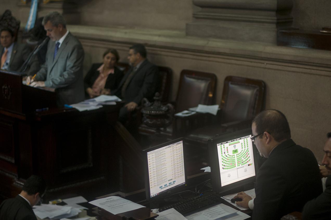 En menos de dos horas los legisladores honraron el pacto acordado la semana pasada.