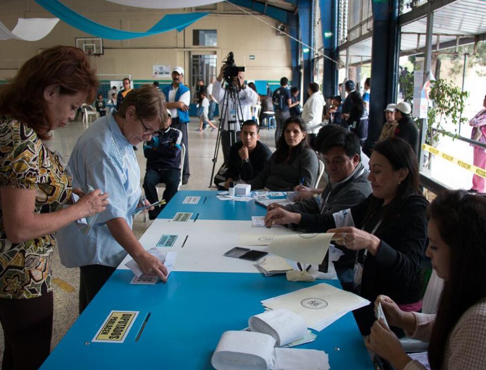 La participación ciudadana en los comicios batió un récord histórico, alcanzando el 70,38 por ciento. [Gerardo Del Valle]