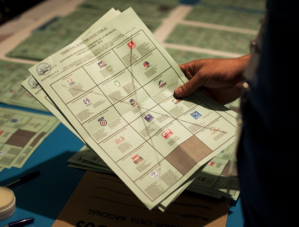 A pocas horas de cerrarse el conteo de votos se registran 20,729 votos nulos. [Sandra Sebastián]