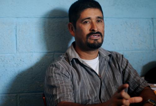 En el listado de los buscados destaca el presidente del Parlamento Xinca, Roberto González Ucelo. López Bonilla lo había acusado el 29 de abril en la noche de liderar la resistencia violenta.