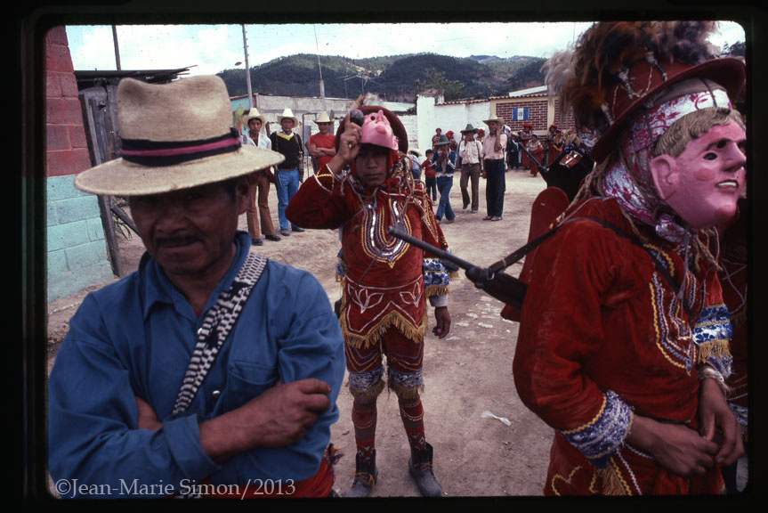 festividad local y patrulleros civiles en Joyabaj, Quiché.