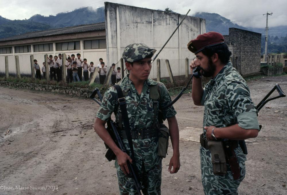 Presidente Otto Pérez Molina cuando comandaba en el ejército en Nebaj, Quiché en 1982.