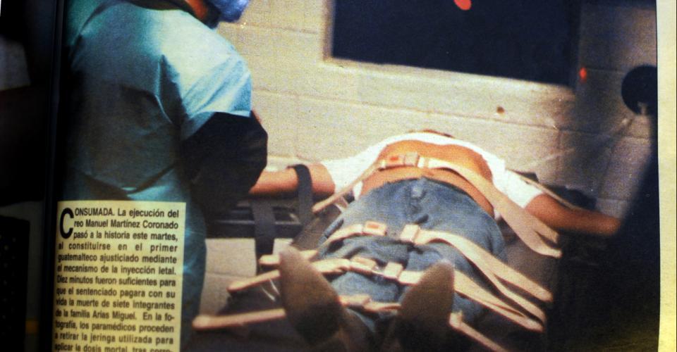 Manuel Martínez Coronado, acusado de matar a siete personas, fue ejecutado con la inyección letal el 11 de febrero de 1998.