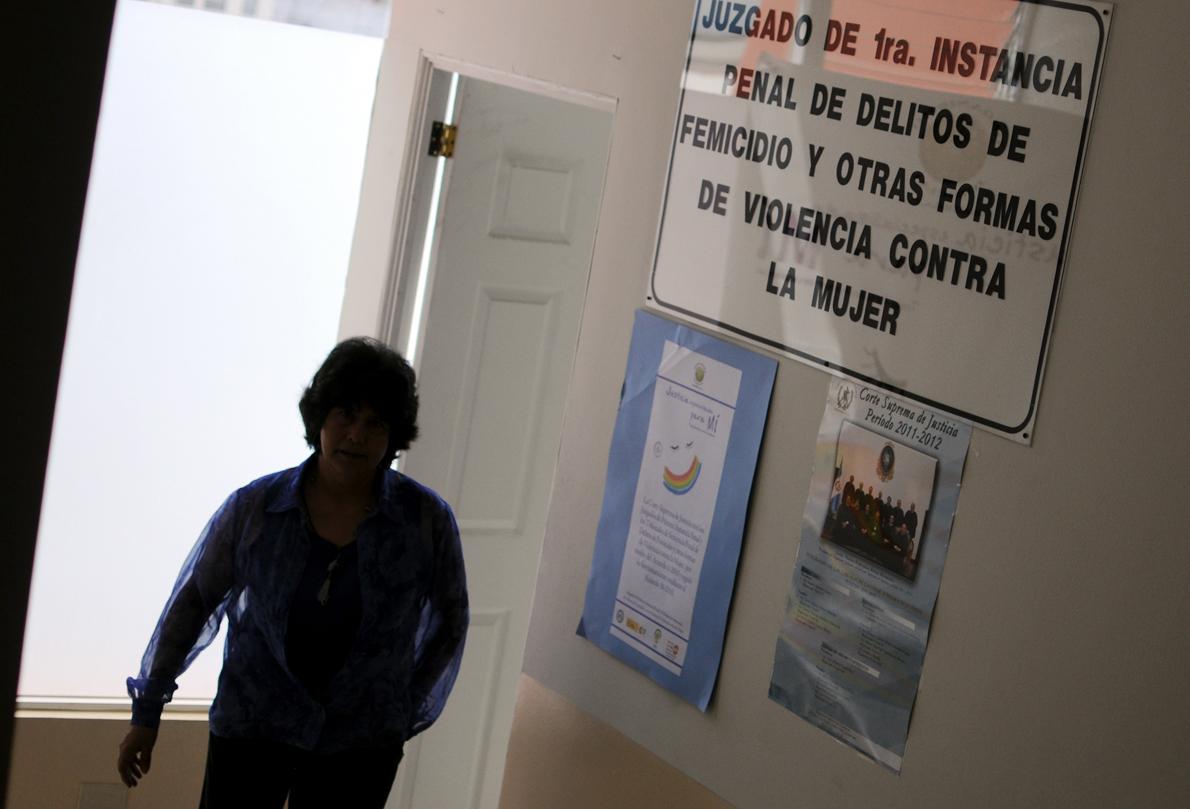 En 2010, la la Corte Suprema de Justicia creó un tribunal especial para tratar los feminicidios y otros crímenes violentos contra las mujeres.