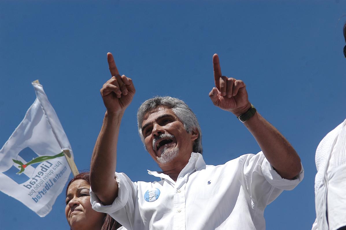 Ricardo Méndez Ruiz, miembro de la Fundación contra el Terrorismo, en la marcha de los veteranos del ejército.