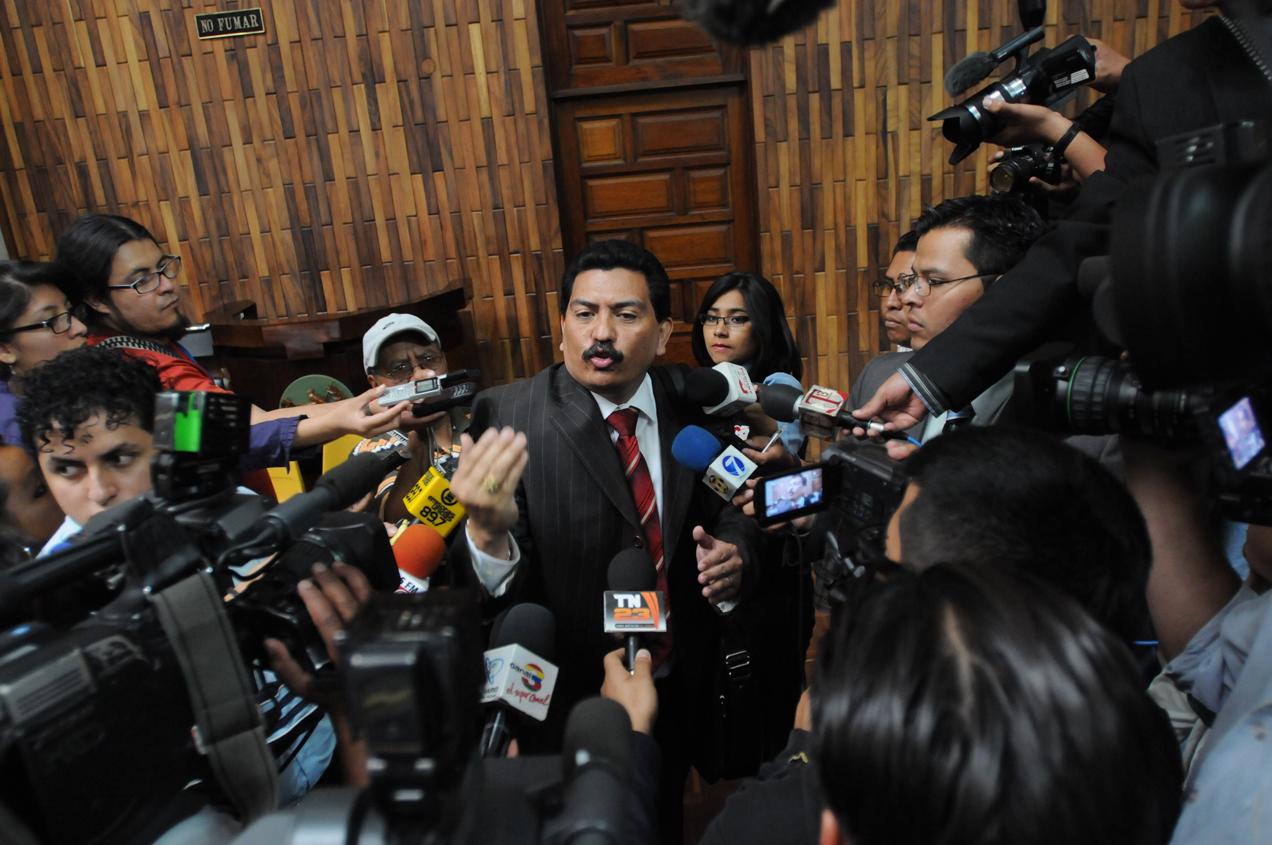 El abogado defensor de Ríos Montt, Fernando García Gudiel García Gudiel pidió anular todo lo actuado desde aquel día de su expulsión, algo que fue rechazado por el Tribunal.