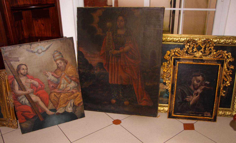 Algunas piezas decomisadas en Mixco [Ministerio de Cultura]