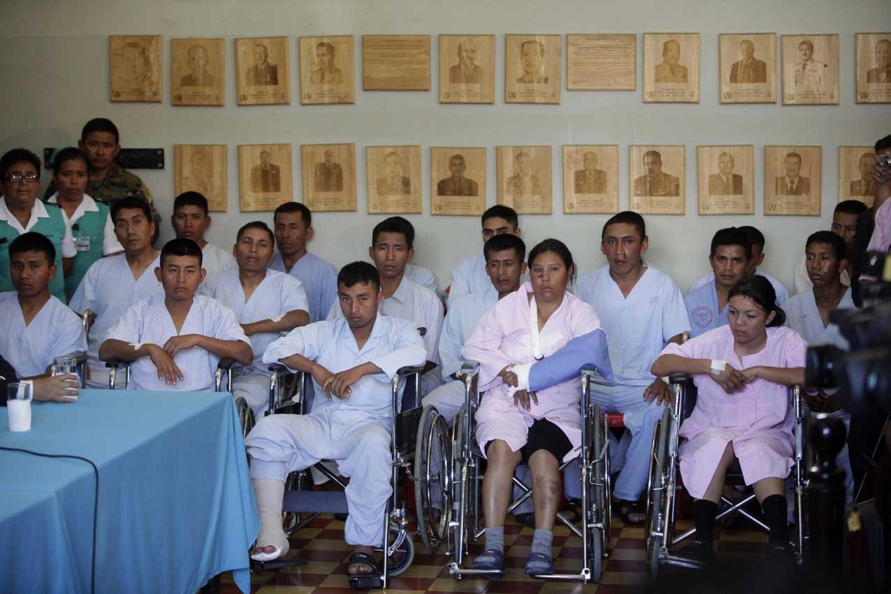 Elementos del ejército fueron presentados en la conferencia que dio Pérez Molina.