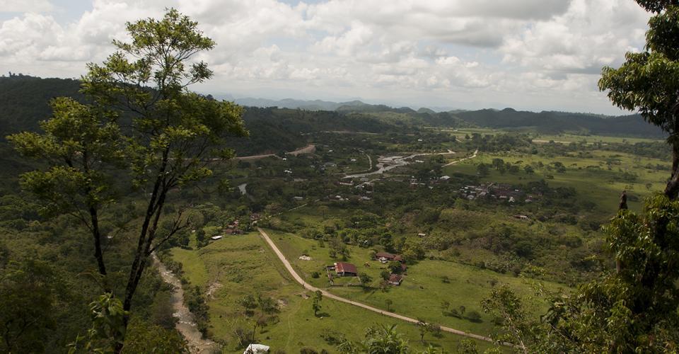 La aldea Ixquisis está ubicada en una de las esquinas más apartadas y olvidadas de la geografía guatemalteca.