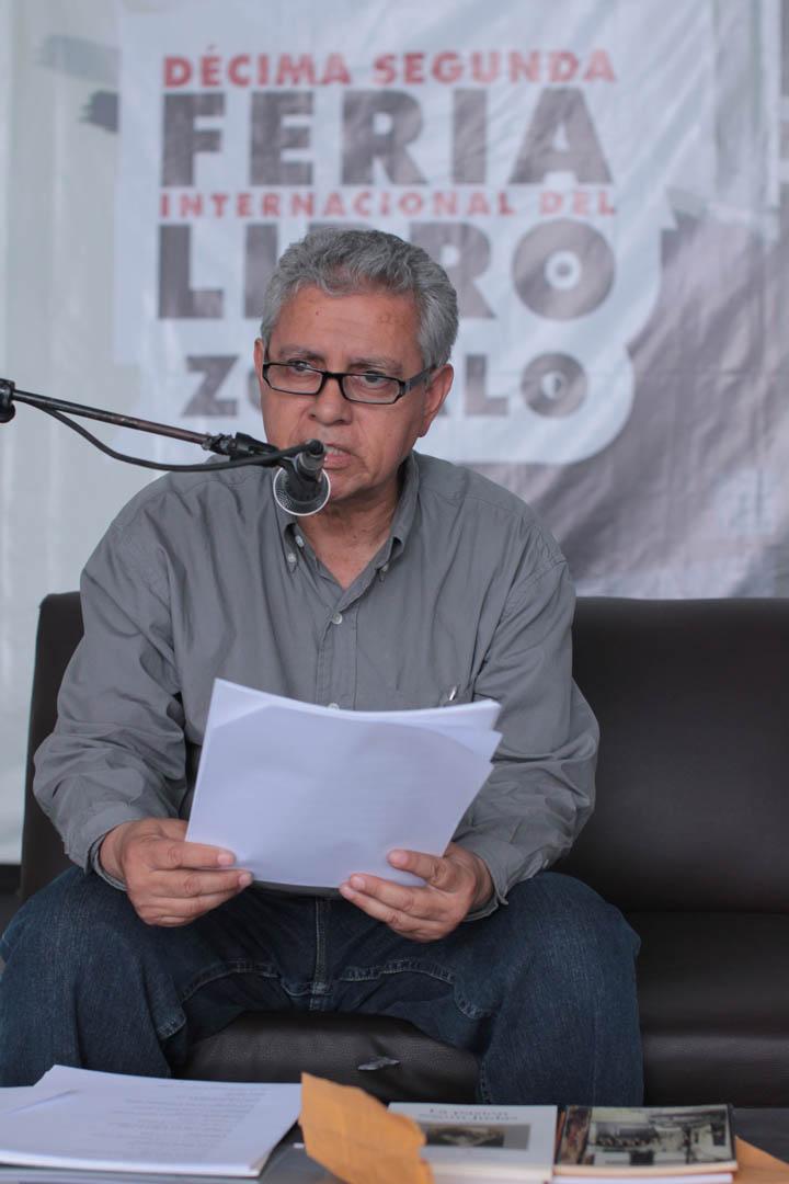 Enrique Noriega, Premio Nacional de Literatura 2010, dió una lectura individual de poesía  en el Foro Carlos Fuentes. Noriega tiene ocho libros de poesía publicados.
