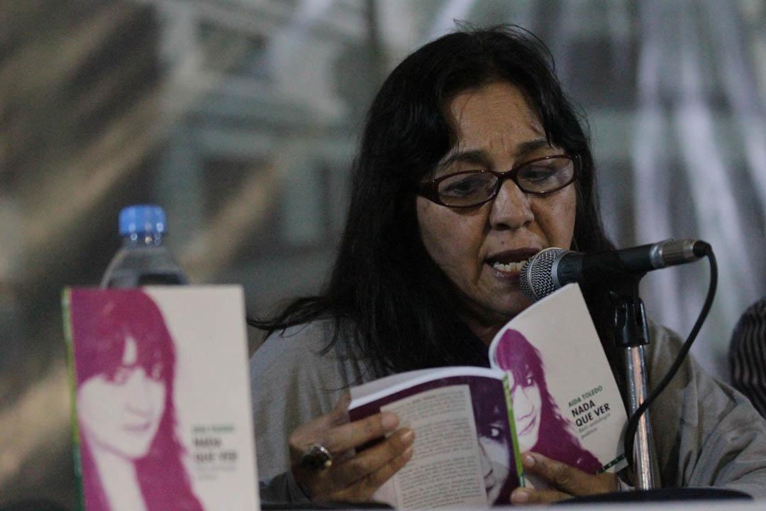 Aída Toledo ha publicado nueve libros de poesía y siete libros de ensayo. Es doctora en literatura y actualmente trabaja en el Instituto de Estudios Humanísticos de la Universidad Rafael Landivar.