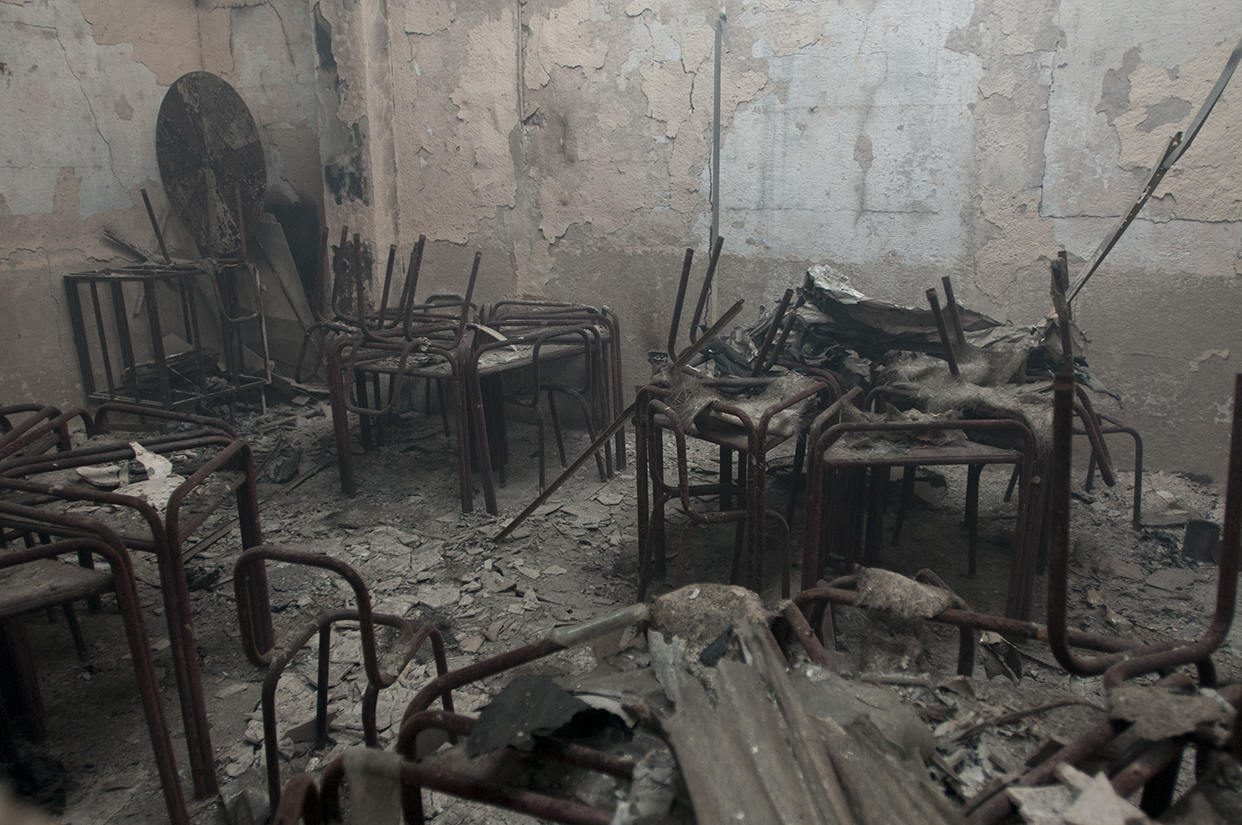El incendio destruyó por completo una de las tres escuelas de La Terminal.