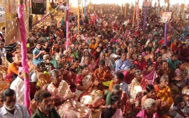 Protesta contra la planta en Koodankulam.   Crédito: K.S.Harikrishnan/IPS
