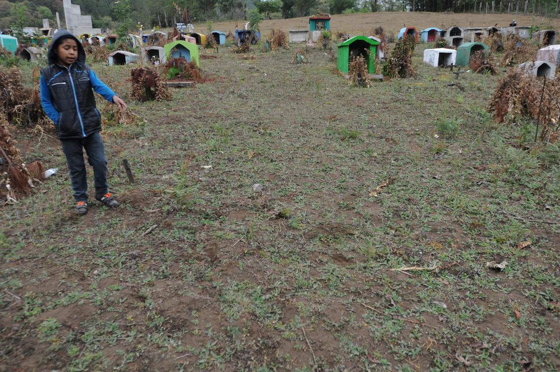 """""""Ahí los encontraron"""" a los masacrados de la aldea Acul, Nebaj."""