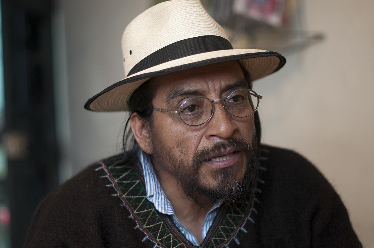 Rigoberto Juárez, coordinador del Gobierno Plurinacional de Huehuetenango, expone sus argumentos para oponerse a la instalación de hidroeléctricas en ese departamento.