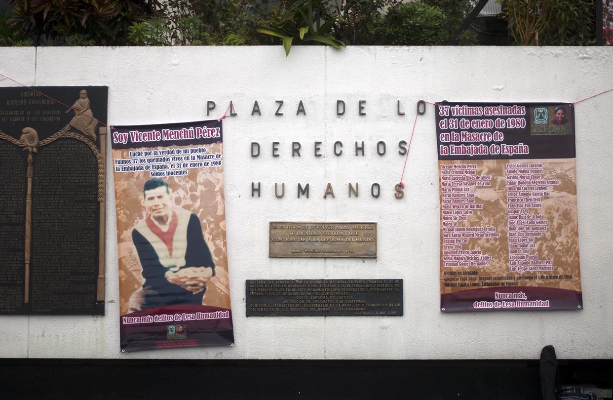 Los nombres de las 37 víctimas. Foto de Sandra Sebatián