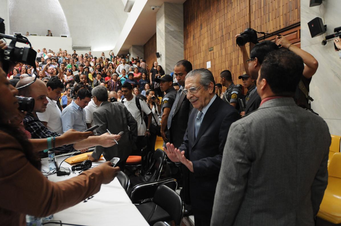 El militar retirado prefirió no hablar con la prensa.