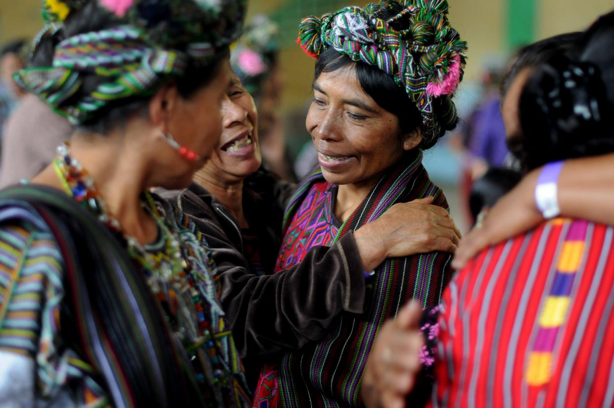 En un momento del Encuentro las participantes se abrazaron.