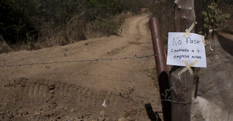 El 49% de la población del área metropolitana, el 67% de la provincia urbana y el 72% del área rural, se manifestaron en contra de las actividades mineras en Guatemala.