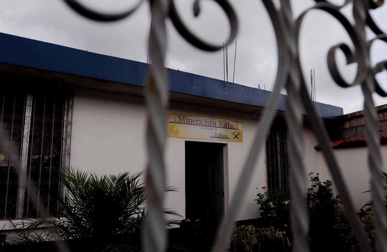 La oficina de Minera San Rafael, en San Rafael Las Flores.