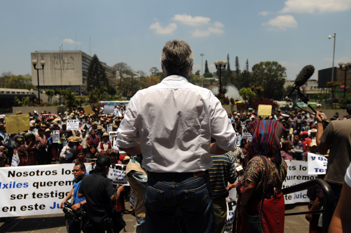 Ricardo Méndez Ruiz en la marcha del 23 de abril.