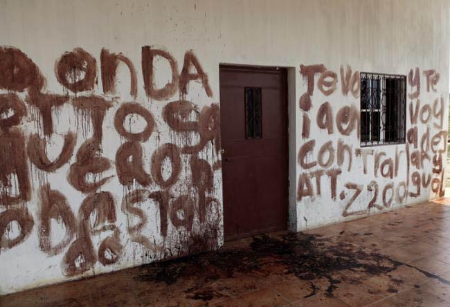 Con la sangre de los obreros, sus asesinos escribieron un mensaje. En el mismo fue firmado por Zeta 200