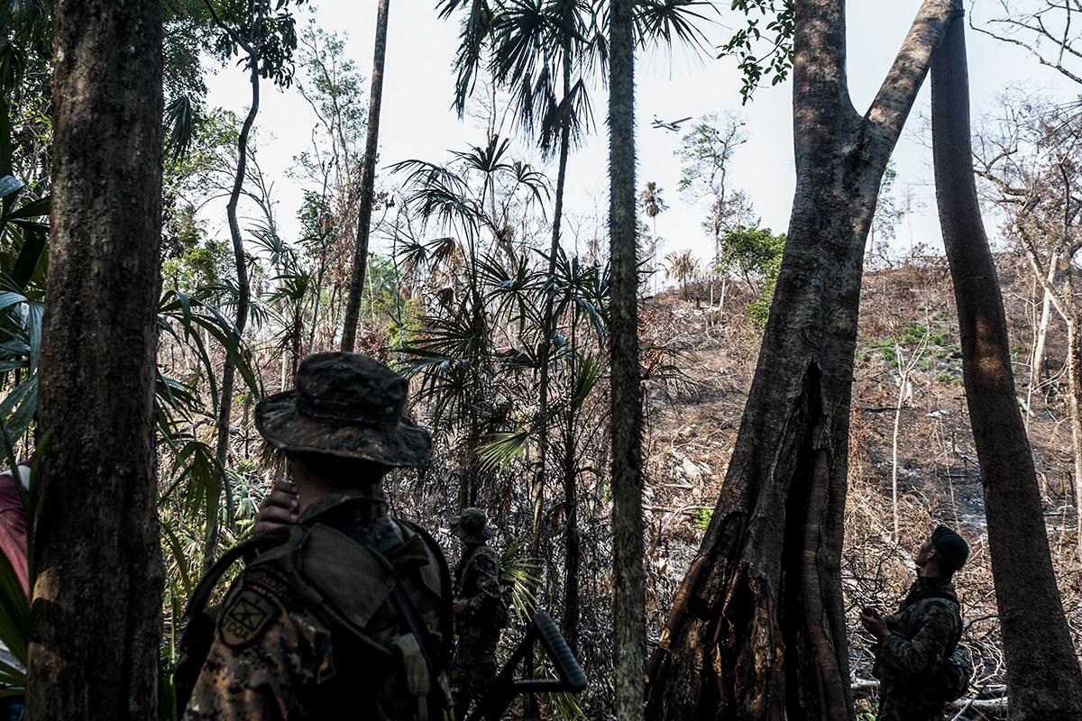 Fuerzas militares y organizaciones ambientalistas resguardan el área del sitio arqueológico El Peruíto.