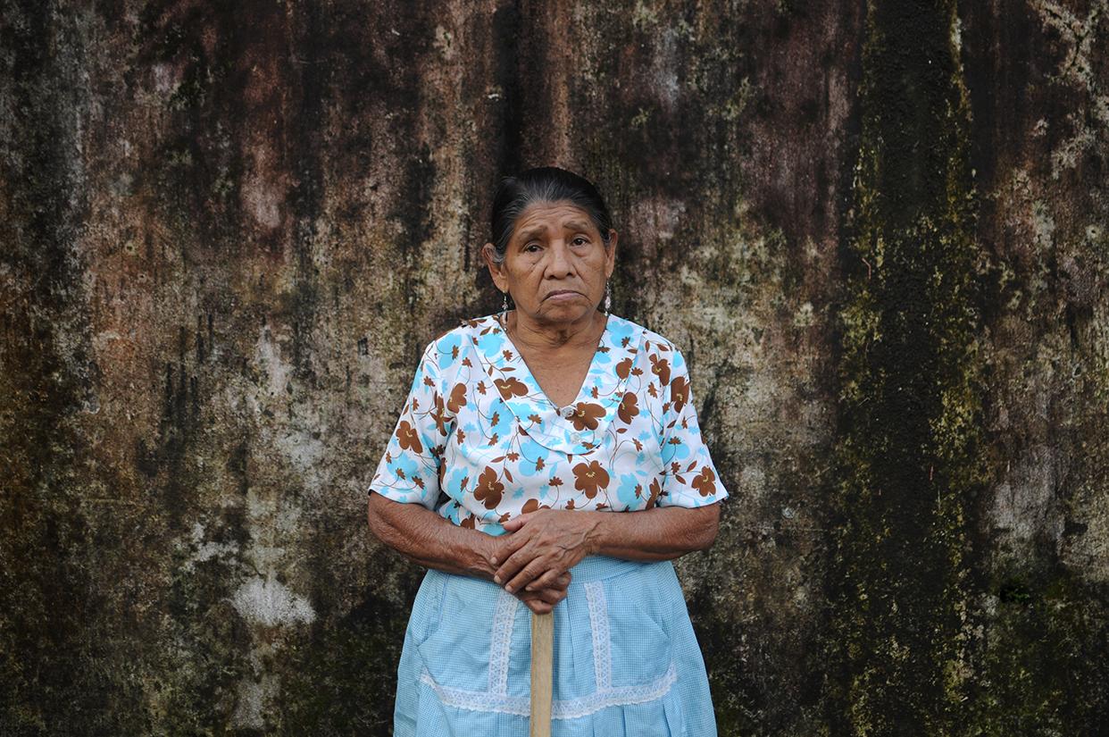 Raymunda Pérez 75 años.