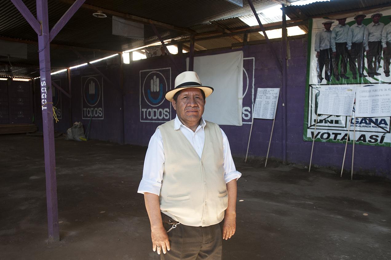 Pedro Raymundo Cobo fue candidato de la antes gobernante Unidad Nacional de la Esperanza (UNE), en coalición con Gran Alianza Nacional (GANA). Actualmente milita con TODOS.