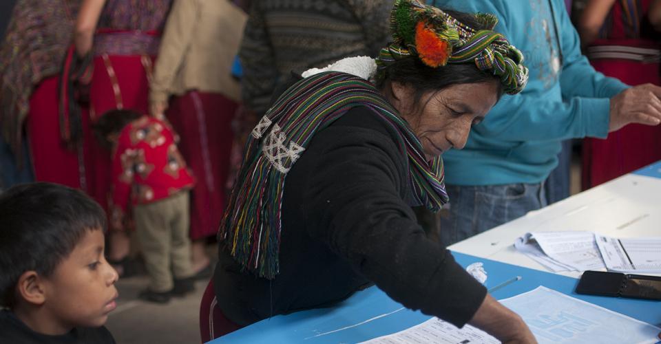 Muchos de los votantes no podía leer ni escribir.