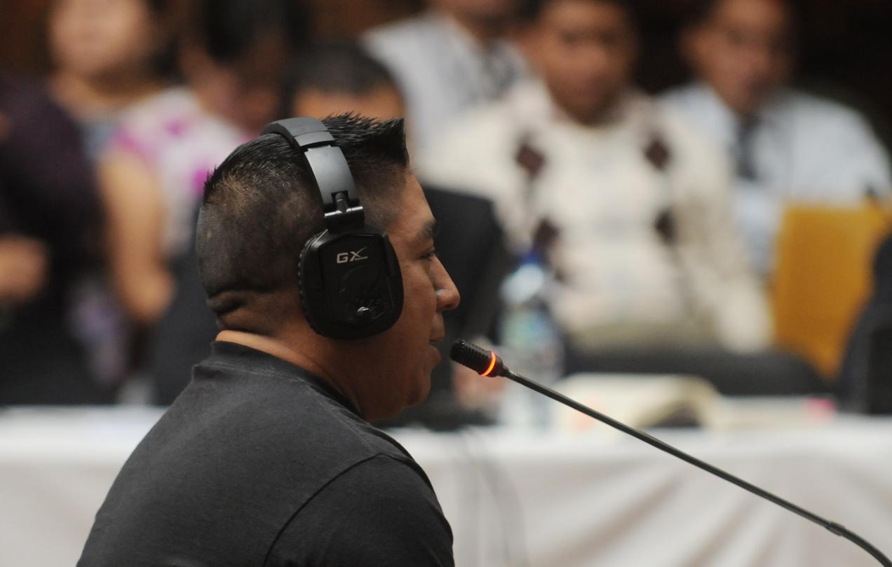 Jacinto Lucamac González declarando durante el juicio por genocidio contra Ríos Montt.