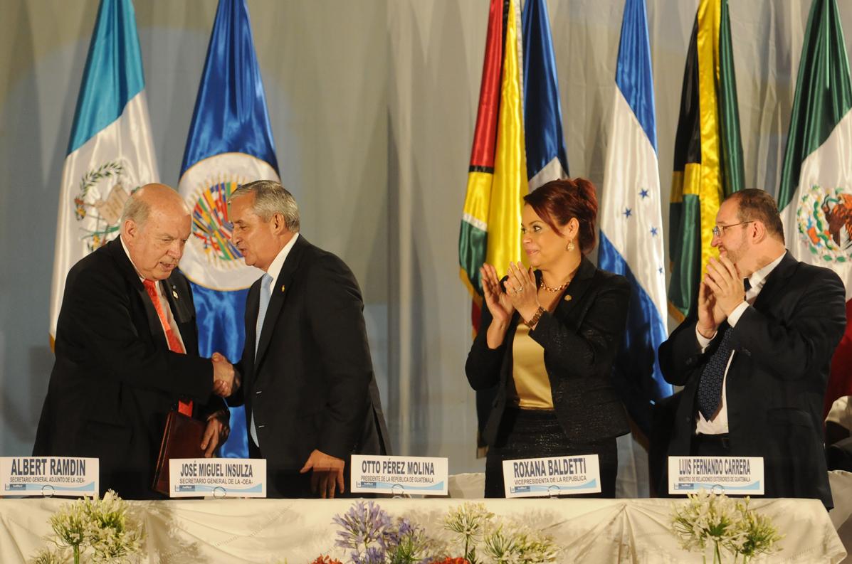 Durante la asamblea, el gobierno de Pérez Molina puso en la mesa temas como la despenalización de las drogas y el rechazo al aborto y el matrimonio entre personas del mismo sexo.