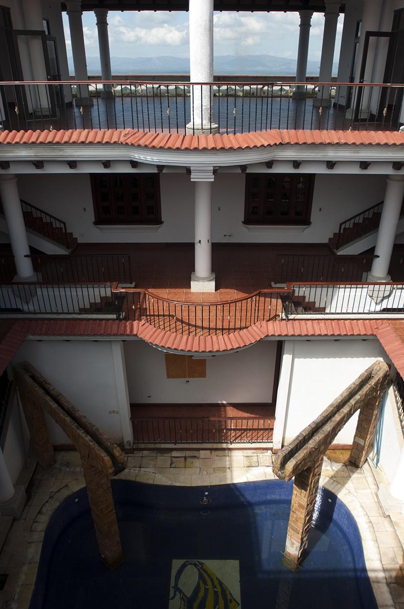 El interior de una de las casas de Mario Ponce, estaba en construcción cuando detuvieron a su propietario.